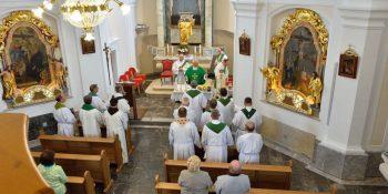 Srečanje dekanijskih duhovnikov v Stanežičah